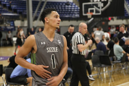 Class of 2020 combo guard Jalen Suggs plays with Grassroots Sizzle during the Under Armour Association Session II in Kansas City.