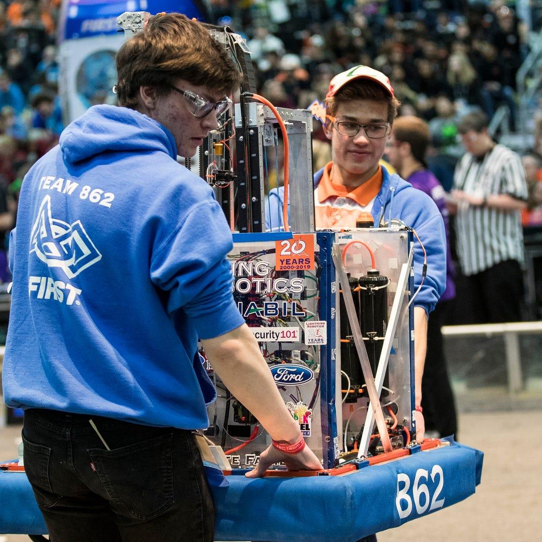 Michigan students excel at FIRST Robotics World Championship