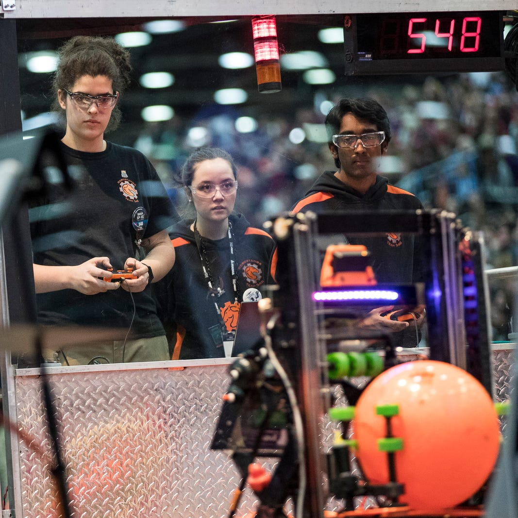 Students, robots from across globe compete in downtown Detroit