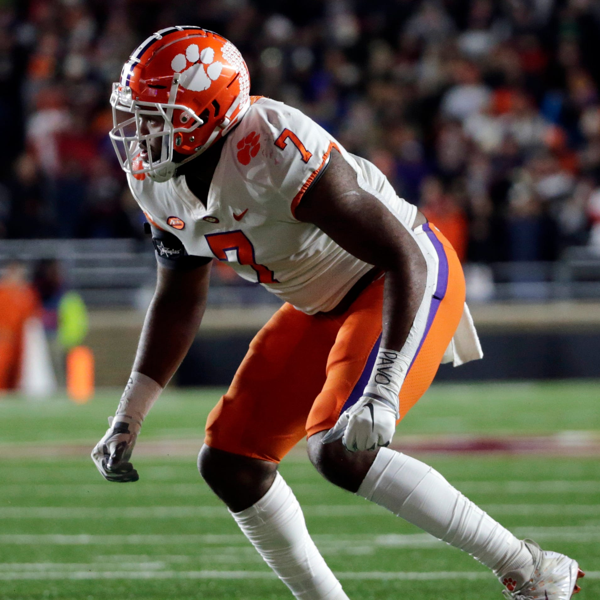 Lions trade down in fourth round, draft Clemson DE Austin Bryant