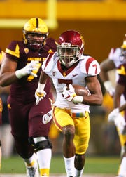 Oct 28, 2017; Tempe, AZ, USA; Southern California Trojans safety Marvell Tell III (7) against the Arizona State Sun Devils at Sun Devil Stadium. Mandatory Credit: Mark J. Rebilas-USA TODAY Sports