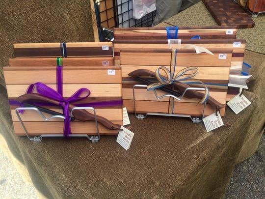 Handmade cutting boards from Interlock Woodworking