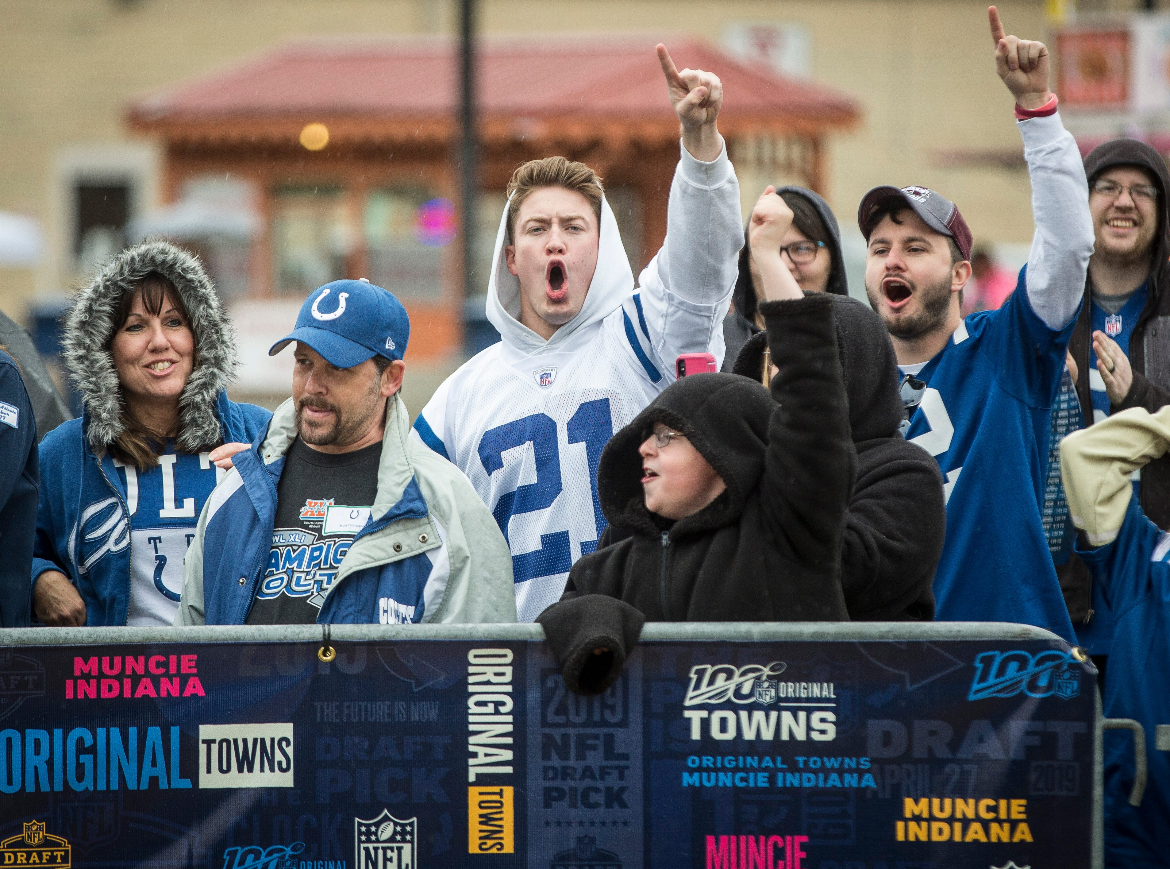 Fans gathered along a fence to be part of the live broadcast for the sixth round draft pick at Canan Commons. Two draft picks were made in Muncie. The Colts announced their pick, Gerri Green, and another announcement for Baltimore was made as well.