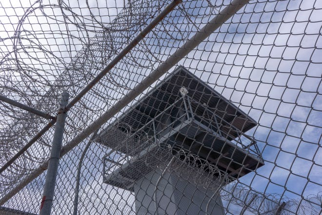 Arizona state prisons are in need of major change, according to Democratic lawmakers