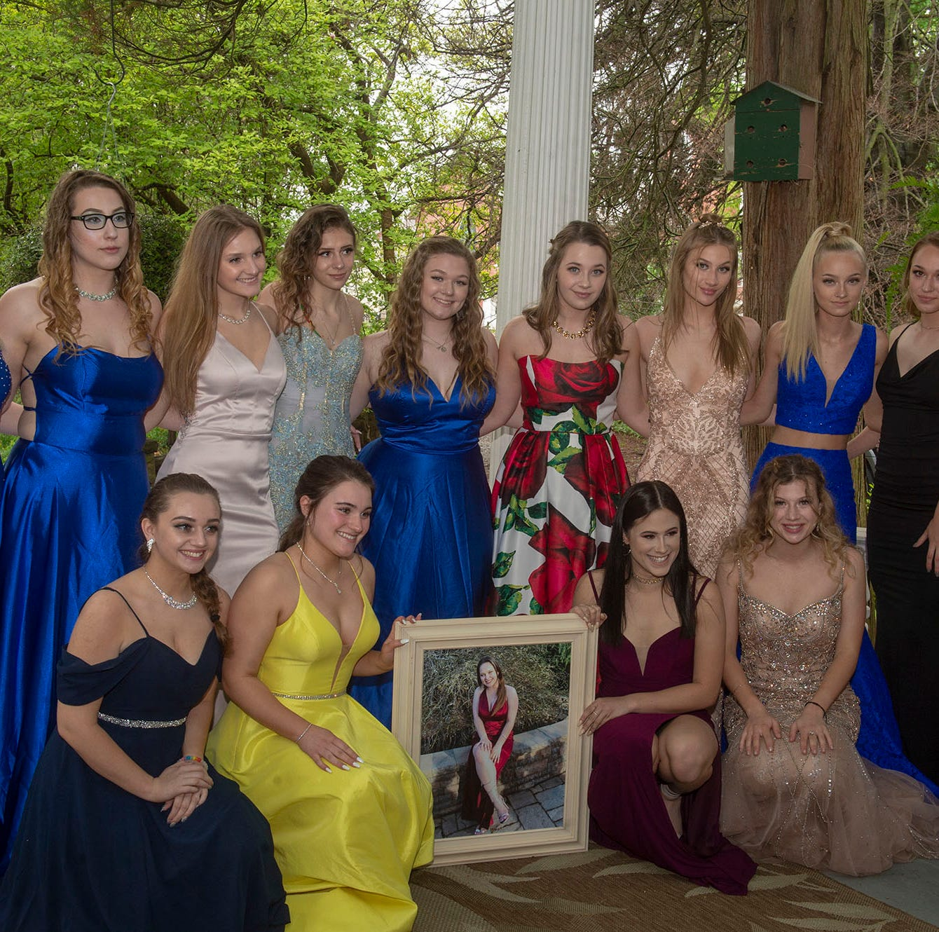 Friends make crash victim Masey Dacheux a part of Northeastern's prom