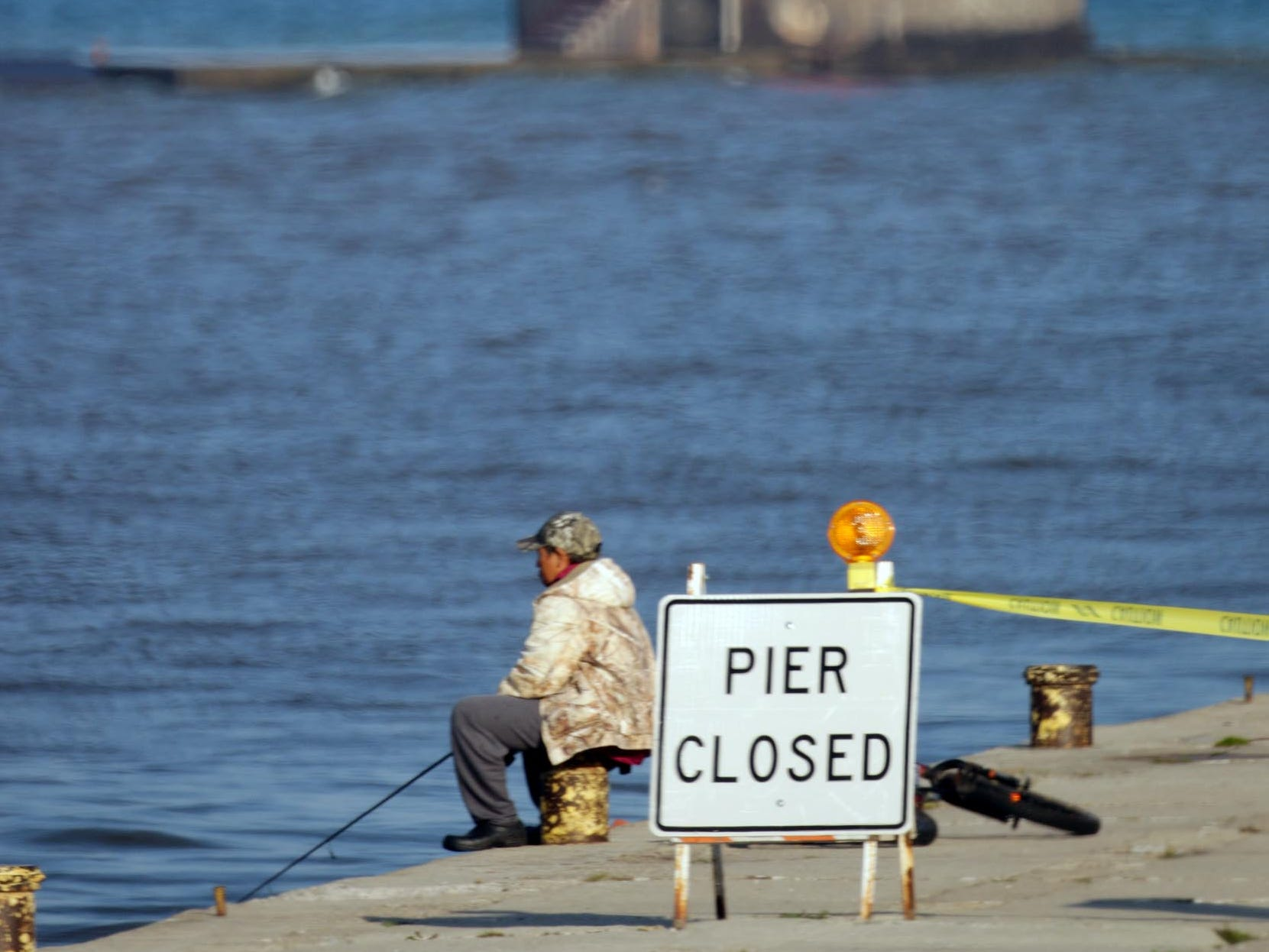 Strong Lake Michigan waves caused officials to close off the South Pier Oct. 5, 2016, in Sheboygan, Wis.  FILE PHOTO