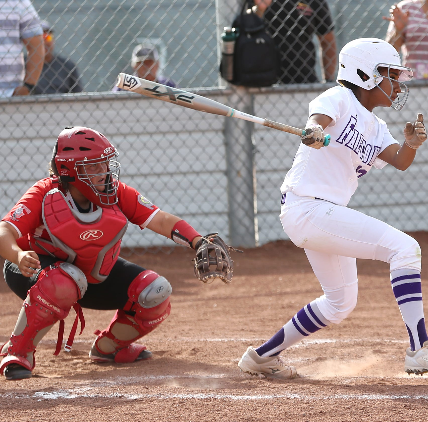 El Paso high school scoreboard for Friday, April 26