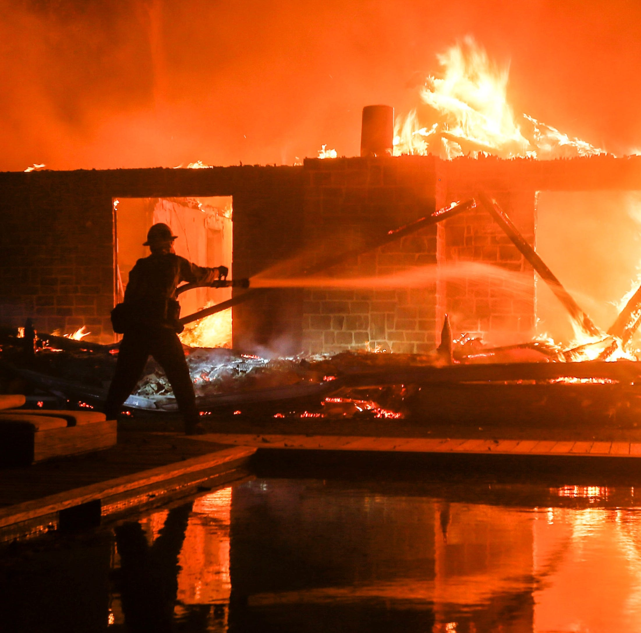 VIP requests hindered Woolsey Fire crews in Los Angeles County, report says