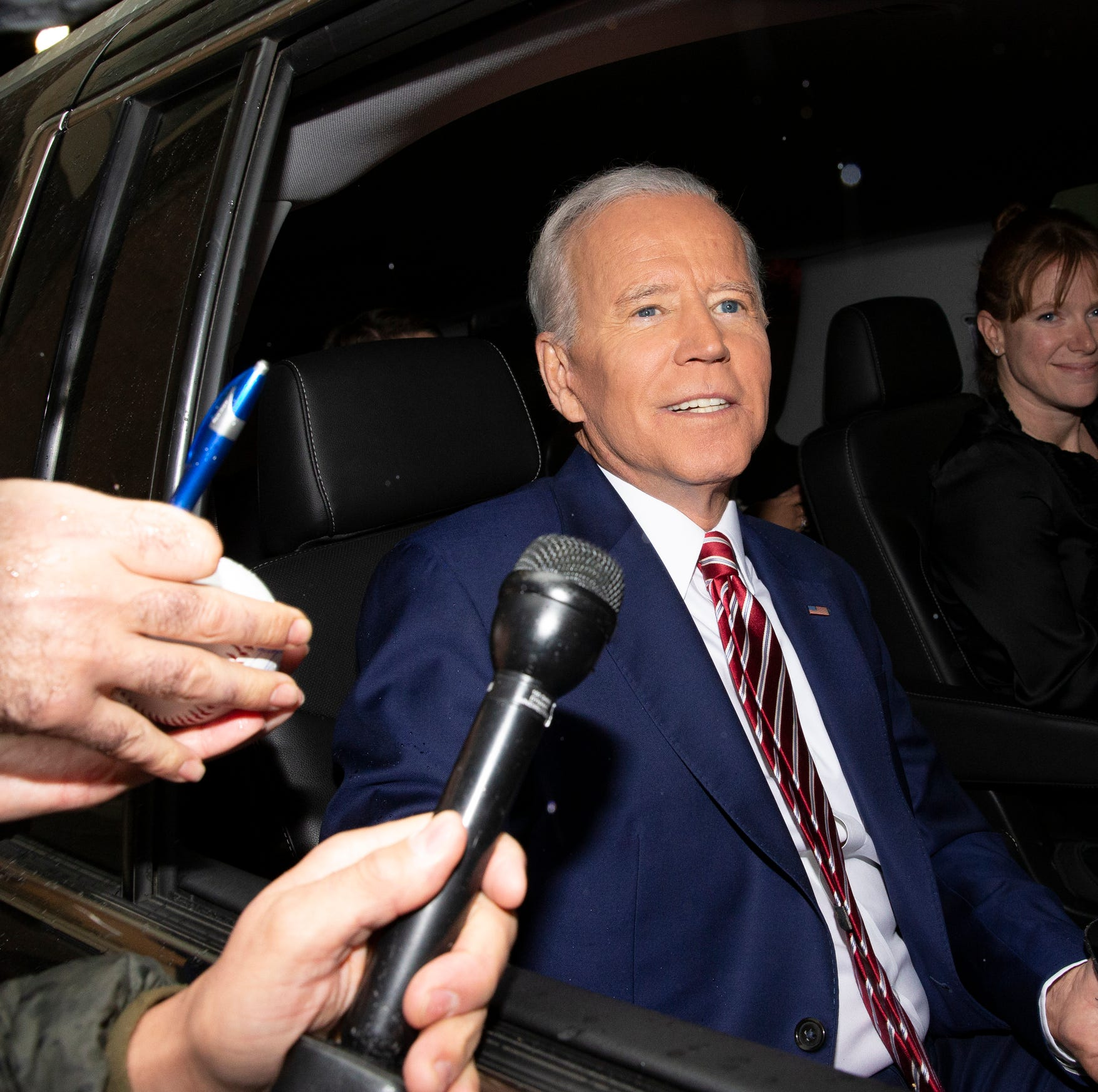 Democratic rivals take swipes at Biden after his entry into race for 2020 nomination