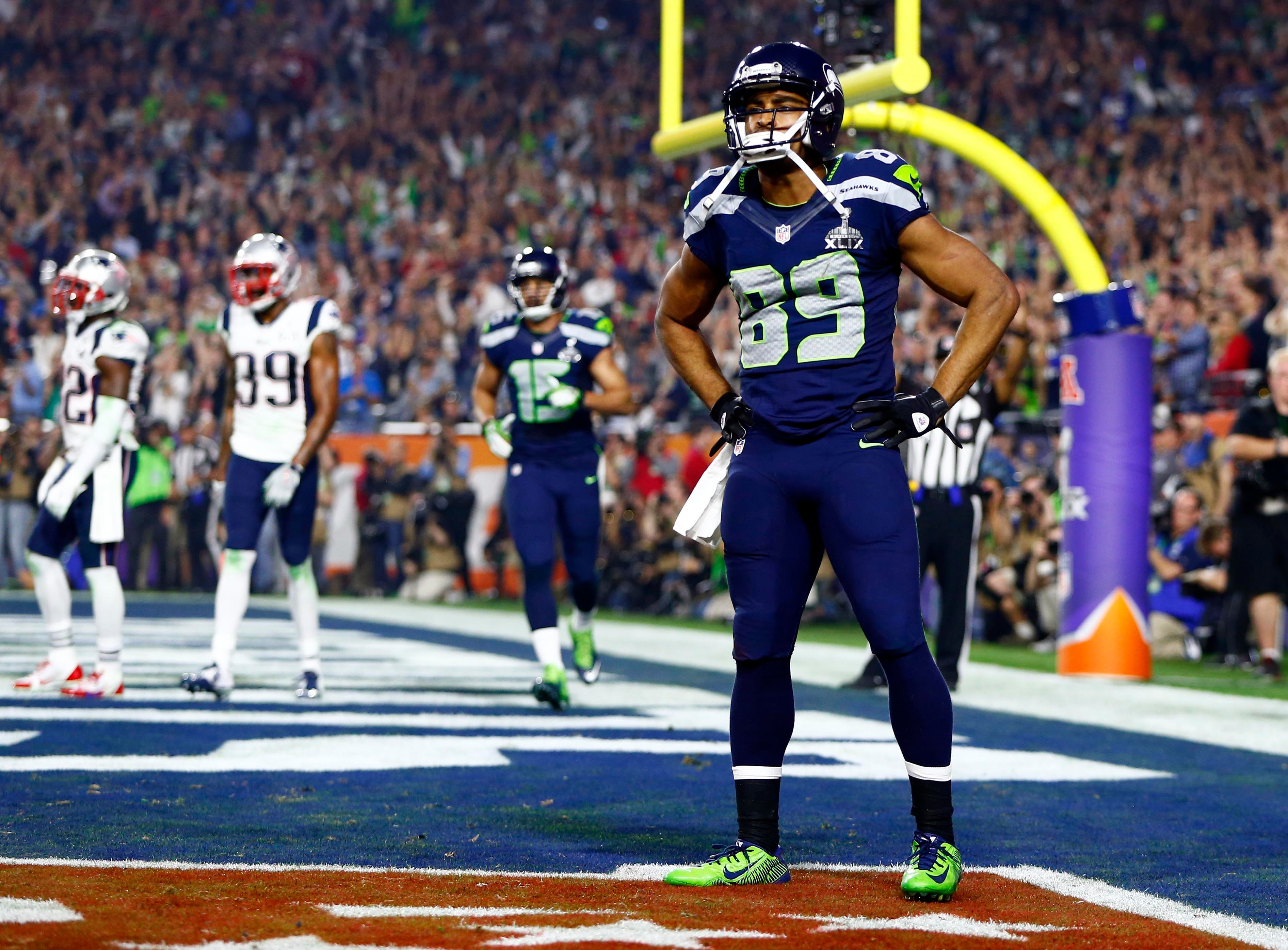 Seahawks WR Doug Baldwin weighing retirement amid injuries