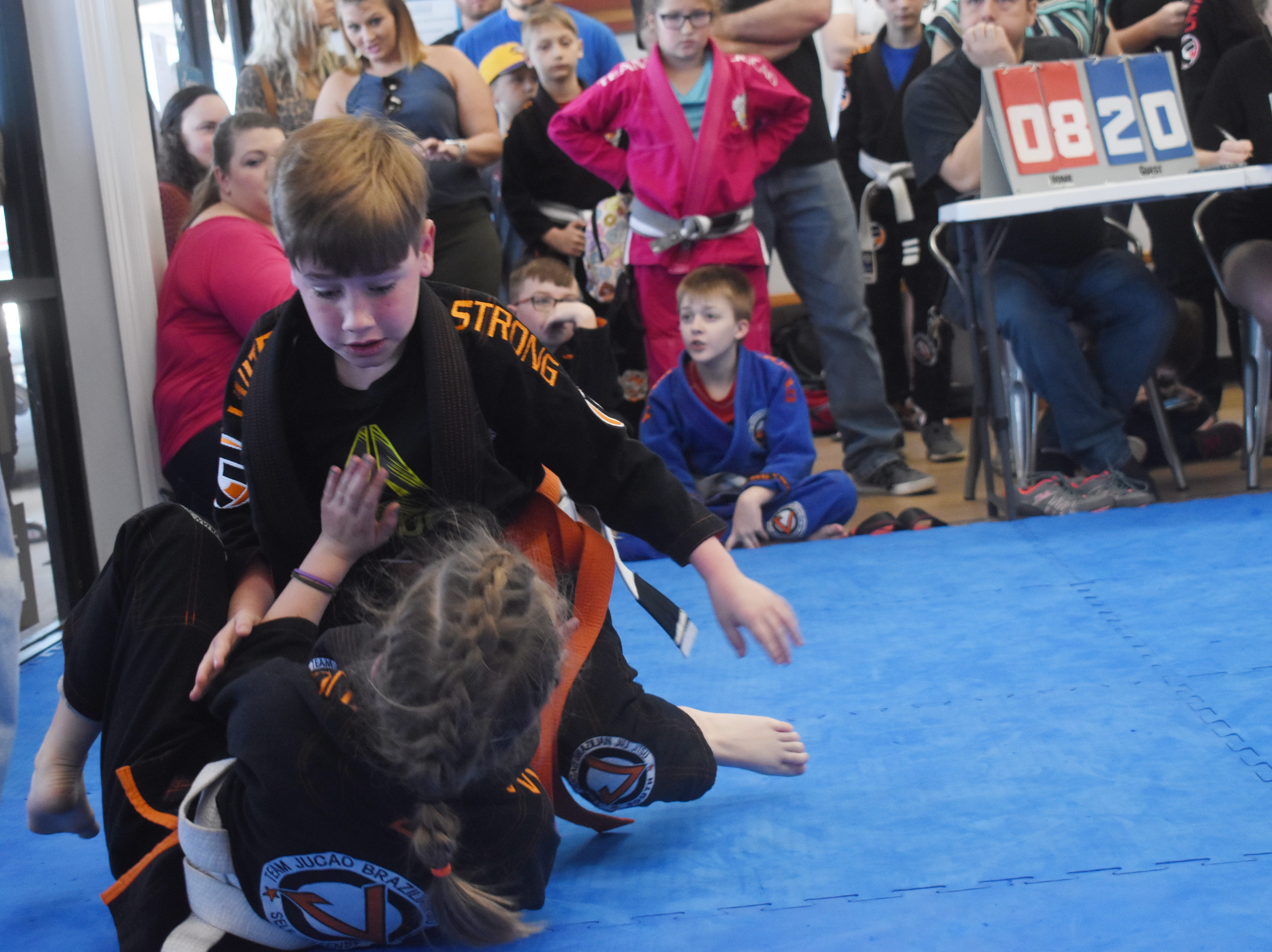 Over 53 competitors ages 5-15 competed in the first inter-school youth Brazilian Jiu Jitsu Tournament to be held in Central Louisiana at the Gracie United-Team Jucao Alexandria location on Metro Drive. Team Jucão Alexandria; Gracie United - Team Jucão Red River in Ball; and and Gracie United - Team Jucão in Leesville were represented.