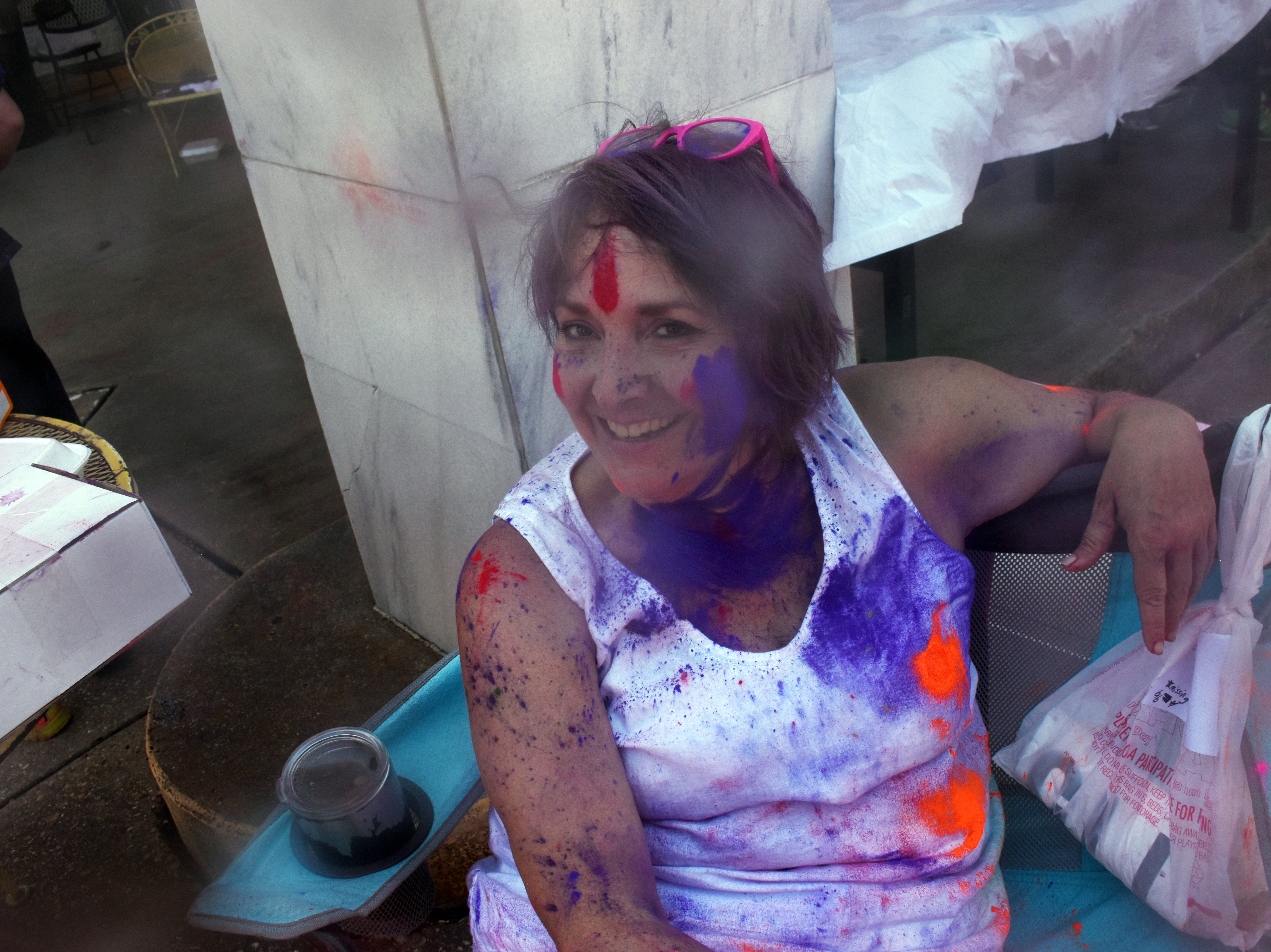 In association with the Children's Advocacy Network, the Cenla India Association hosted the eighth annual Holi-Fest 2019 - the Festival of Colors - in downtown Alexandria near Tamp & Grind Coffee House on 4th Street on Saturday, April 27, 2019. A 4K run and walk were also held. Plate lunches of Indian cuisine were also sold. Proceeds benefit the Children's Advocacy Network which has the goal that every child lives in a safe, permanent home, free of abuse and neglect. The event, in which participants toss powdered color at each other, has become one of Alexandria's popularevents.Holi-Fest originated in Northern India about 3,000 years ago as a celebration to welcome the spring. Festival-goers toss powdered colors at each other as they celebrate.