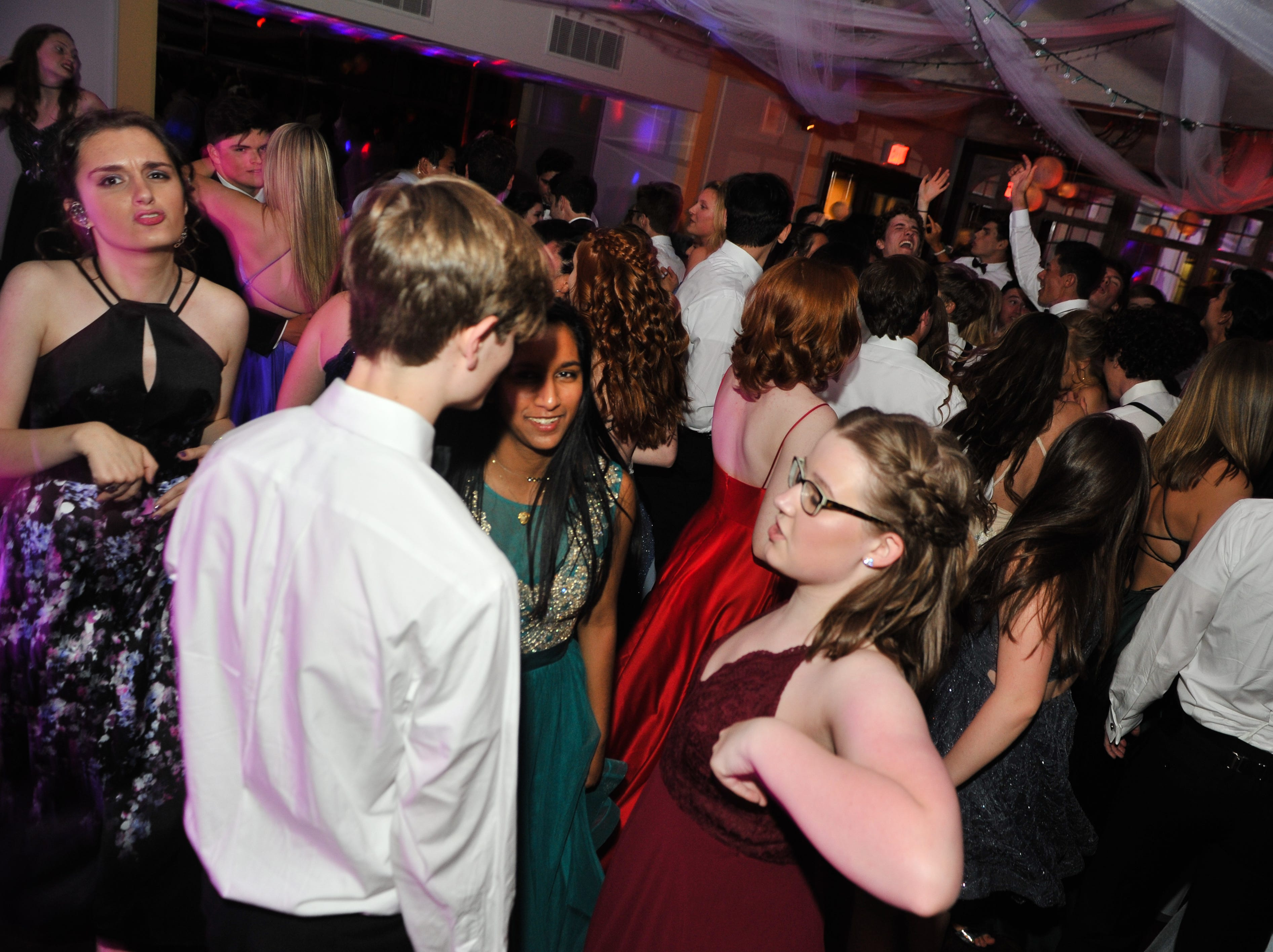 Scenes from the Carolina Day School prom at the Country Club of Asheville on April 27, 2019.