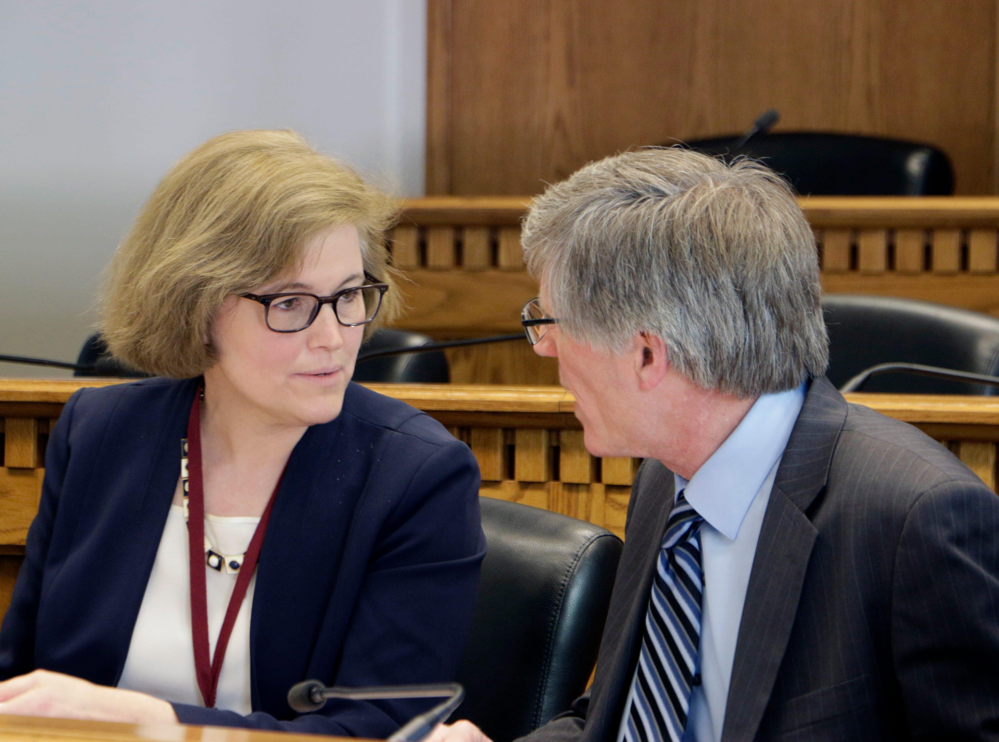 Washington lawmakers pass tax bills ahead of adjournment