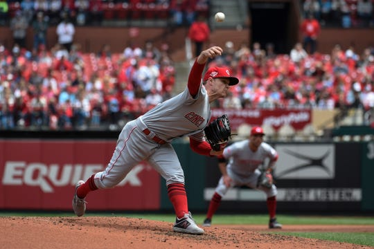 Cincinnati Reds starting pitcher Sonny Gray (54) throws the ball against the St. Louis Cardinals during the second inning at Busch Stadium.