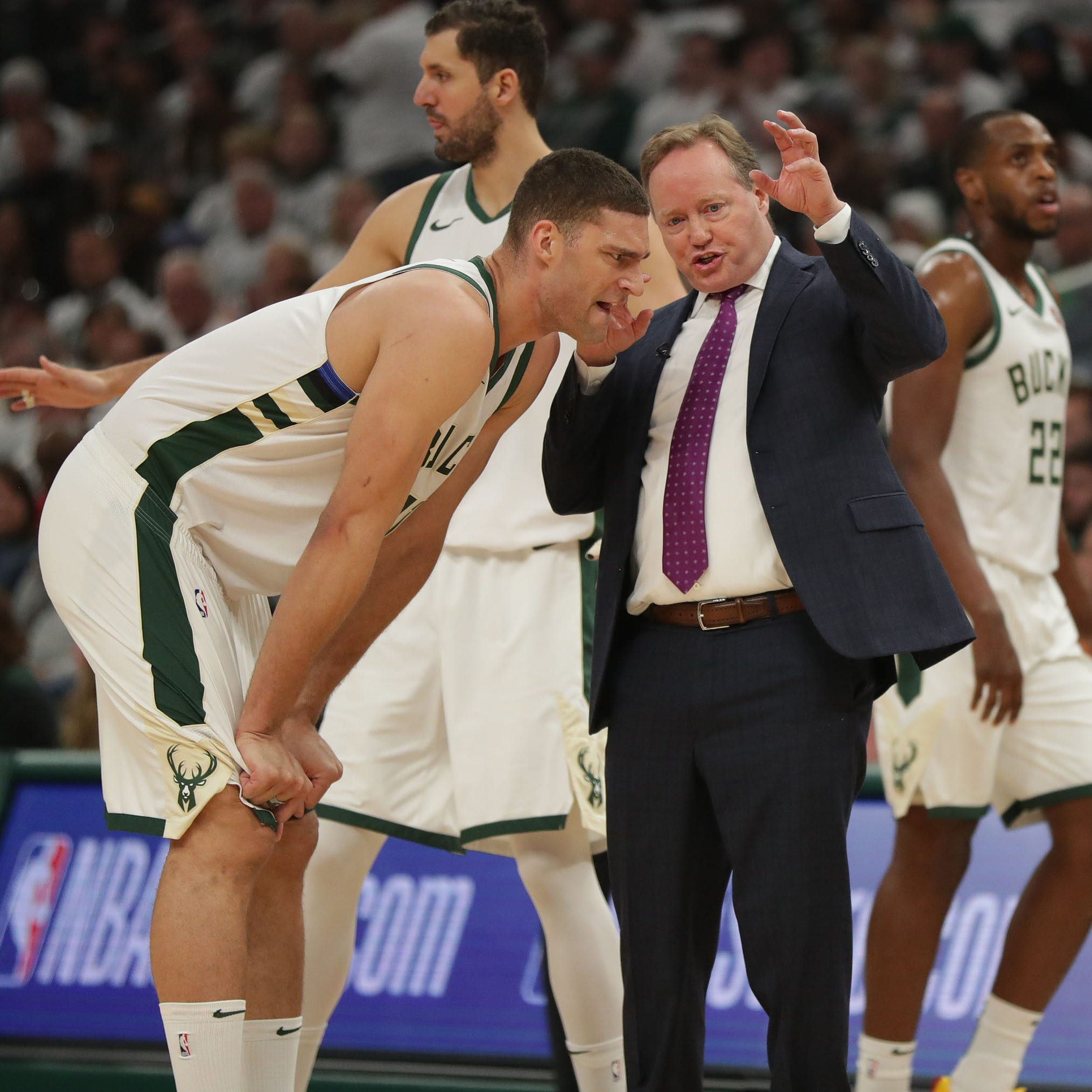Managing minutes kept the Bucks from running out of gas in fourth quarter against Toronto