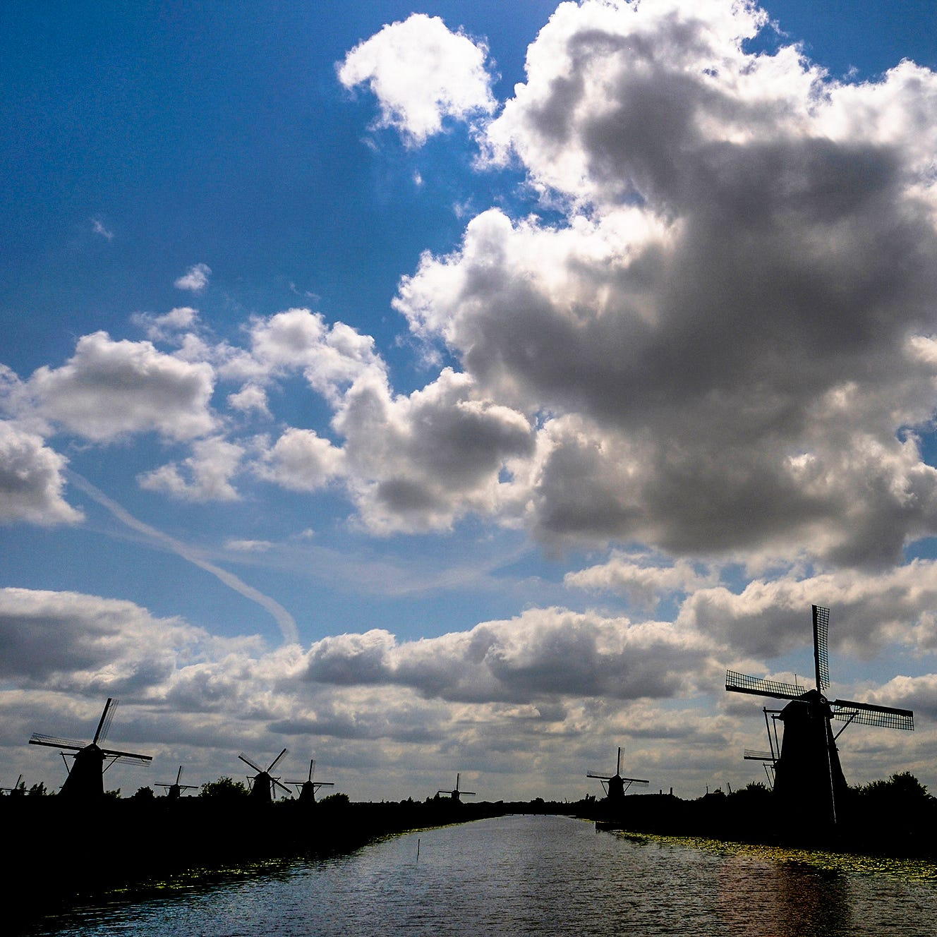 Kinderdijk: the windmills of our mind