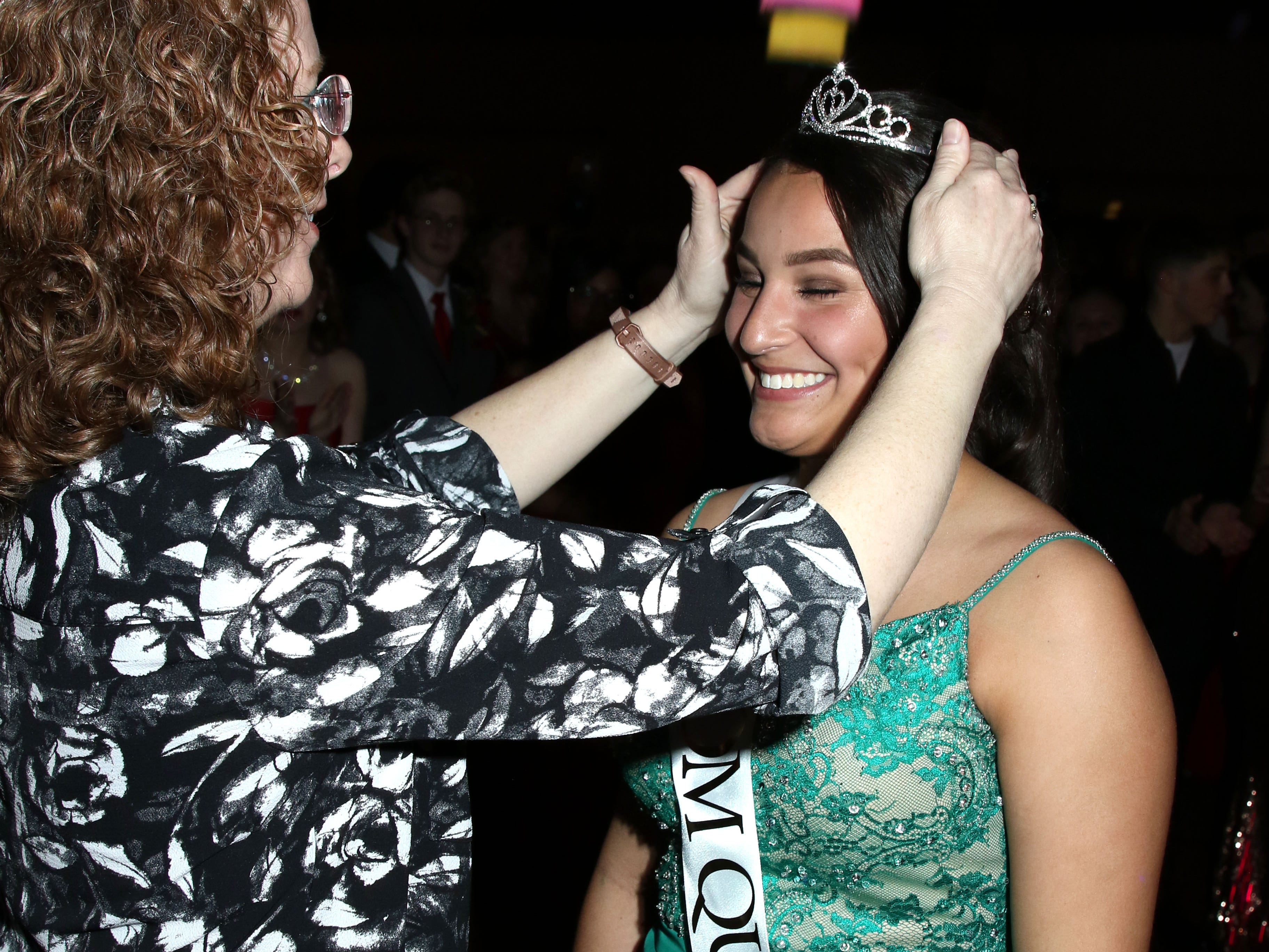 Marisol Fick was crowned Queen. Port Clinton's 2019 Prom was held Saturday, April 27th at Lyman Harbor in Sandusky.