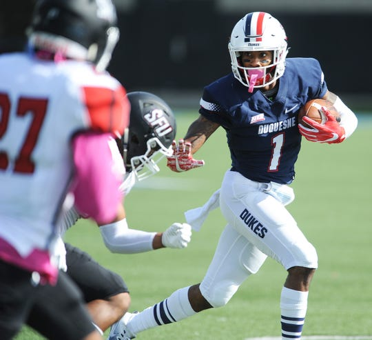 Former Fort Pierce Central High School and Duquesne University wide receiver Nehari Crawford has accepted a mini-camp invitation from the New York Giants.