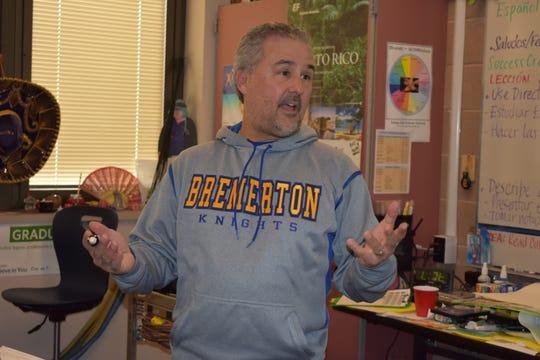 Alejandro Fleites teaches Spanish at Bremerton High School.