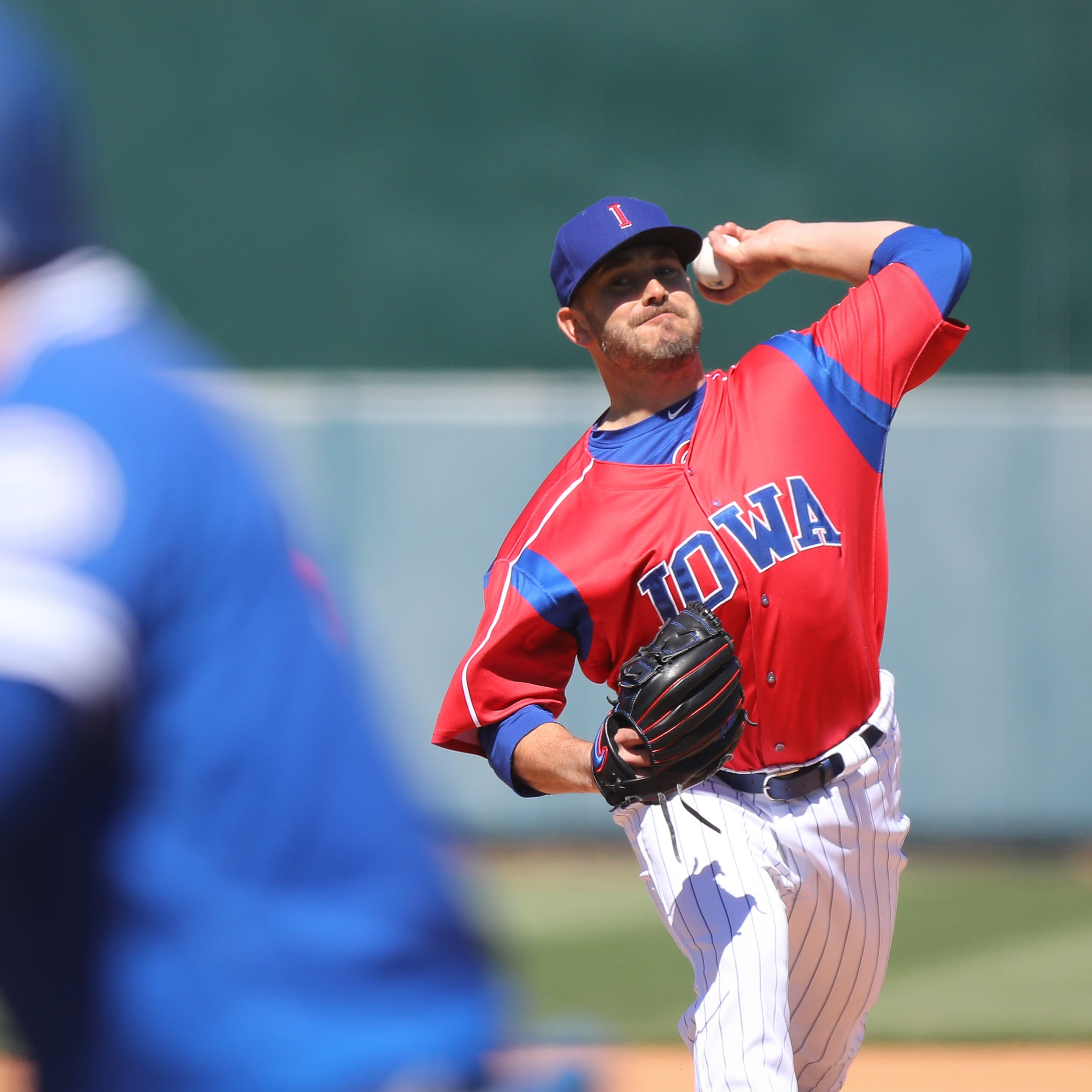 MLB veteran Brian Duensing starting over with the Iowa Cubs