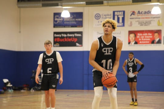 Oskaloosa's Xavier Foster was watched by Iowa, Iowa State, Duke, USC, Baylor and Michigan during April's live period.