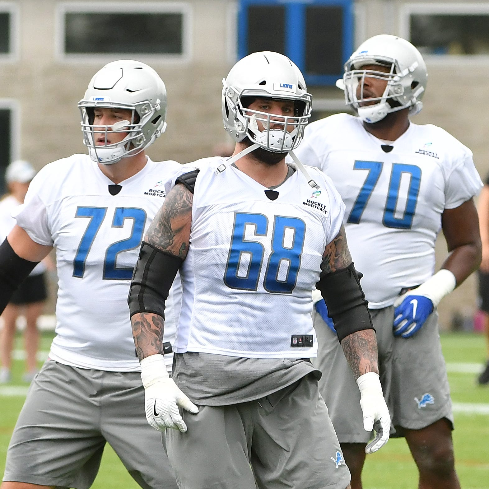 Lions exercise offensive tackle Taylor Decker's fifth-year option