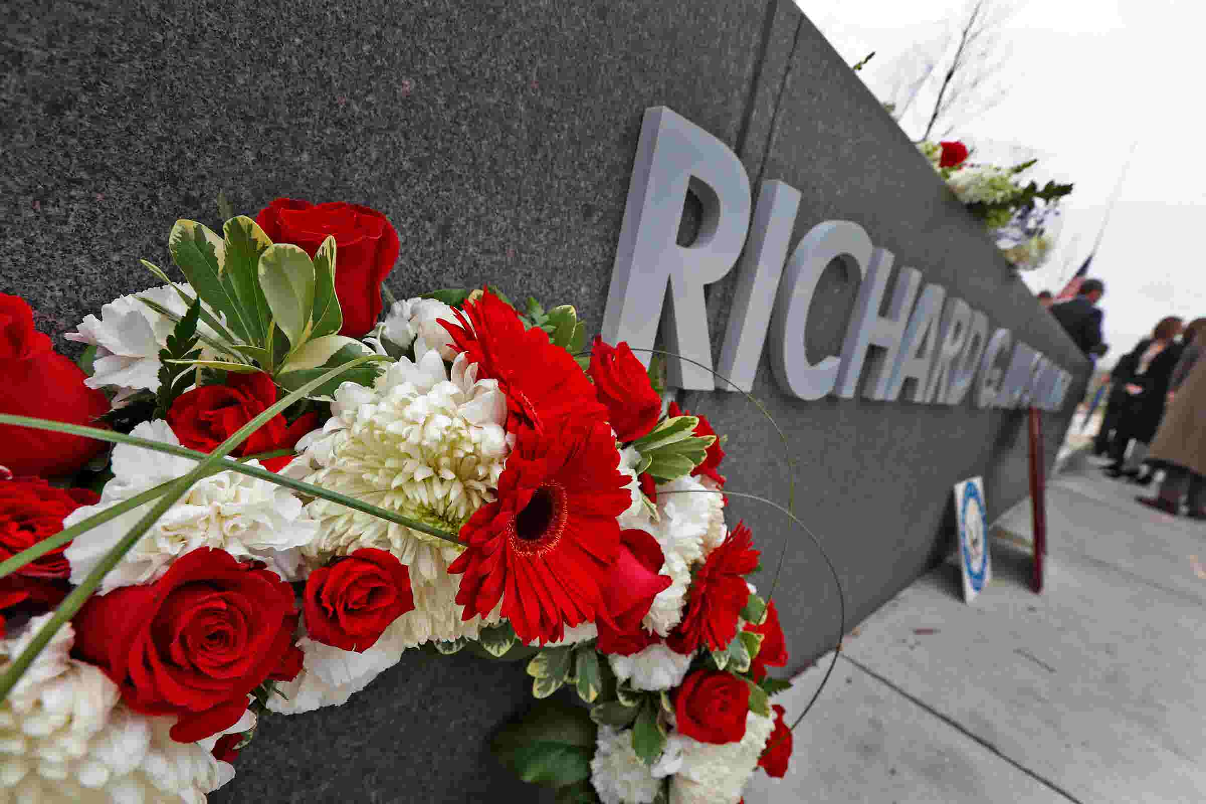 How to watch a livestream of Richard Lugar's funeral