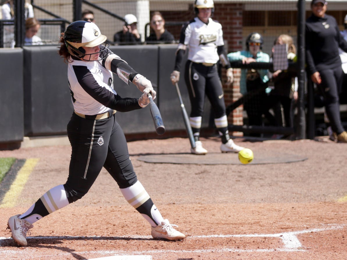 Purdue first baseman Lexi Huffman (25) swings during the third inning of a NCAA softball game, Sunday, April 28, 2019 at Bittinger Stadium in West Lafayette. Wisconsin won, 4-1.