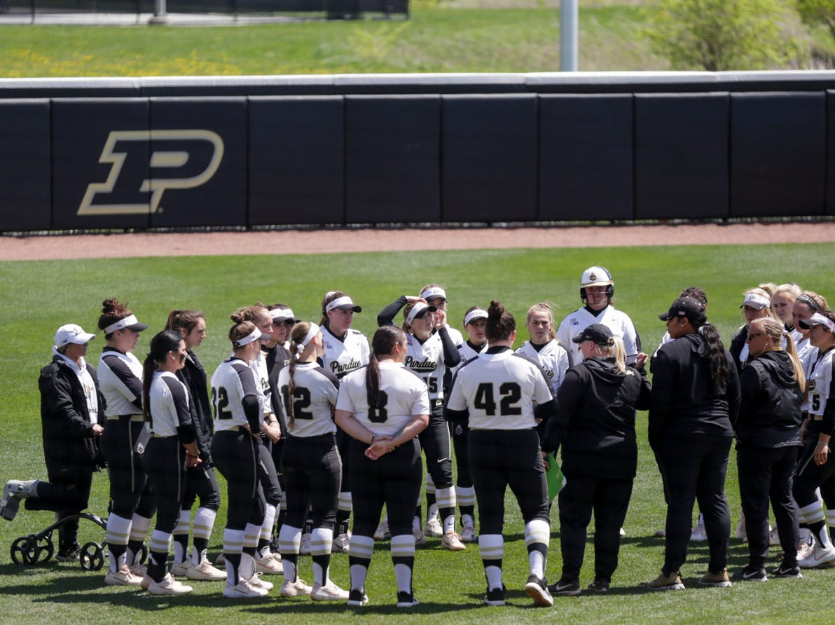 Purdue huddles in the outfield after loosing to Wisconsin, 4-1, Sunday, April 28, 2019 at Bittinger Stadium in West Lafayette.