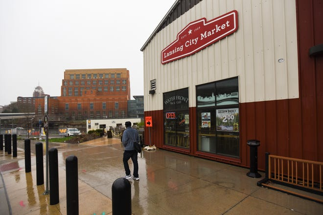 The former City Market in downtown Lansing. The building may be leased to Detroit Rising Development and transformed into the Lansing Shuffleboard & Social Club.  Plans include food, drink, games, community classes, and entertainment.
