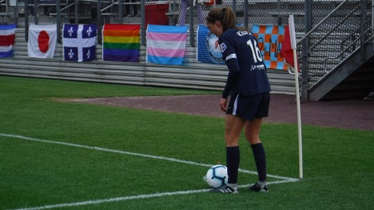 Sky Blue FC midfielder Sarah Killion prepares for one of the club's three corner kicks in Sunday's match.