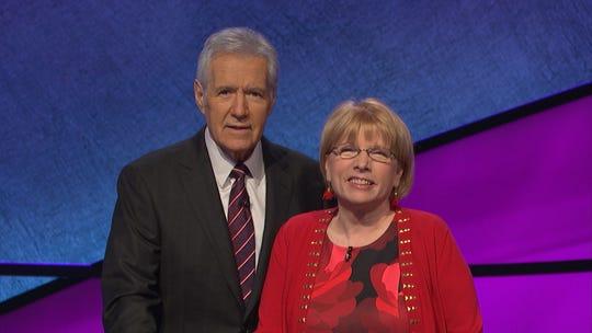 Alex Trebek and Claudia Walters on 'Jeopardy!'