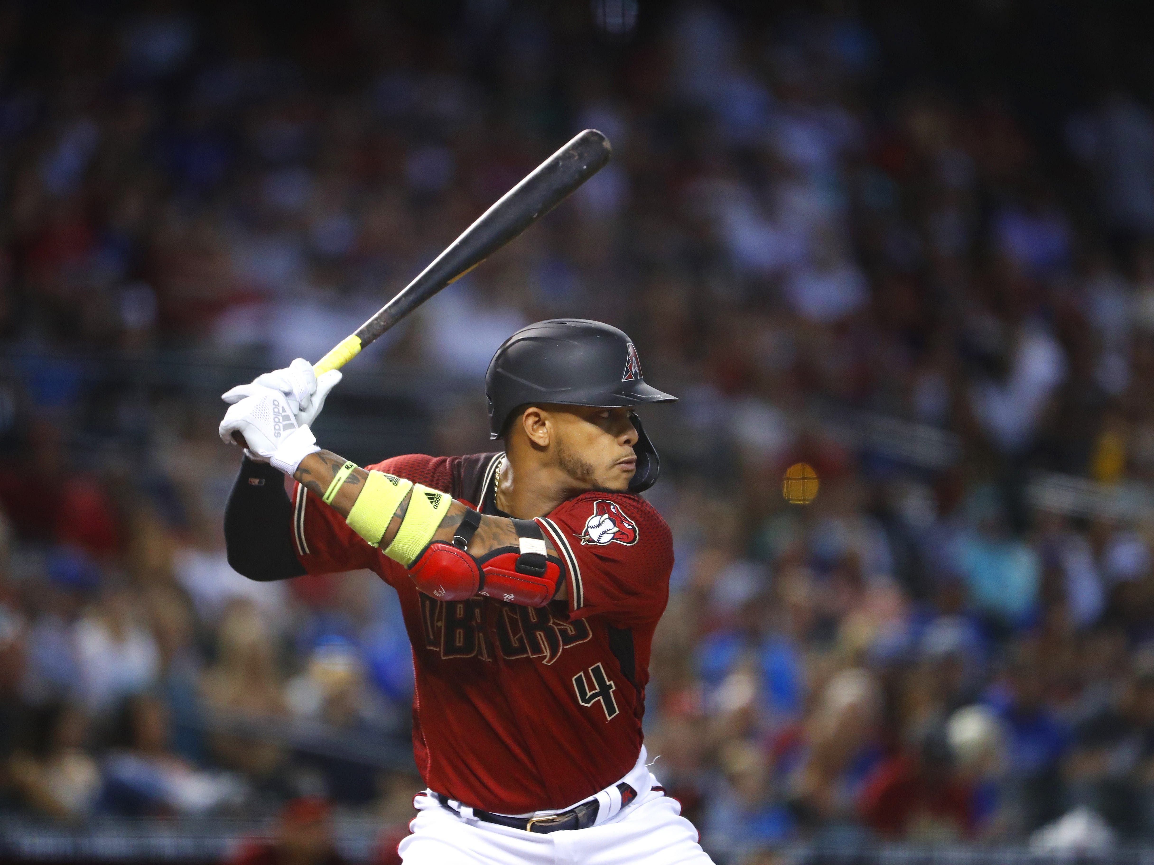 Diamondbacks' Ketel Marte (4) swings against the Cubs during the first inning at Chase Field in Phoenix, Ariz. on April 28, 2019.
