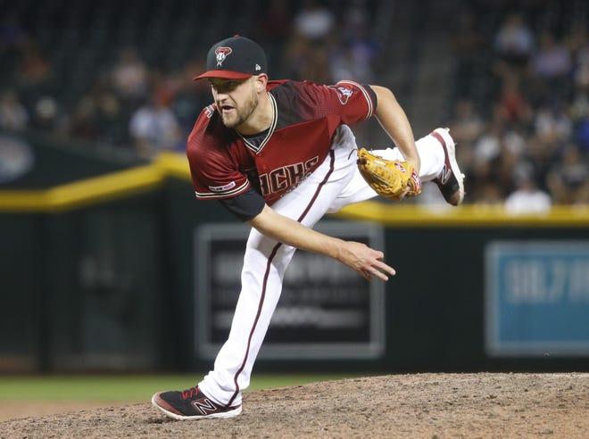 Former Diamondbacks pitcher Matt Andriese pitches against the Cubs during the 15th inning at Chase Field in Phoenix, Ariz. on April 28, 2019. On Wednesday, Andriese signed a deal with the Boston Red Sox.