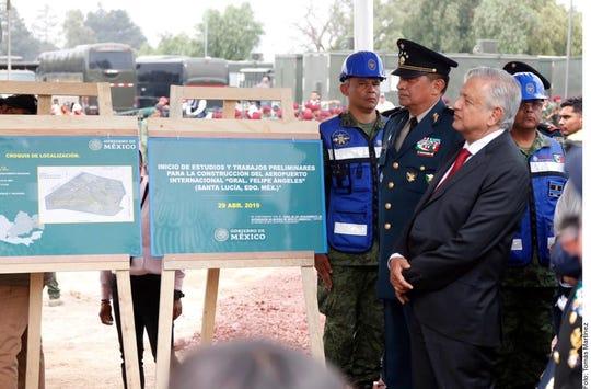 El general a cargo del proyecto, Gustavo Vallejo, informó al Presidente Andrés Manuel López Obrador que la manifestación de impacto ambiental la realizó el Instituto de Ingeniería de la UNAM.