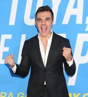 """Adrián está contento de que el público vaya a poder disfrutar del show """"Imparables"""" a través de Pantaya, ya que los podrán ver cuando quieran pasar un rato excepcional."""