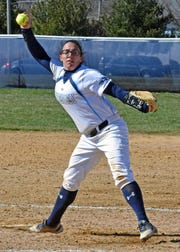 Dori Loukopoulos winds up for Wesley College