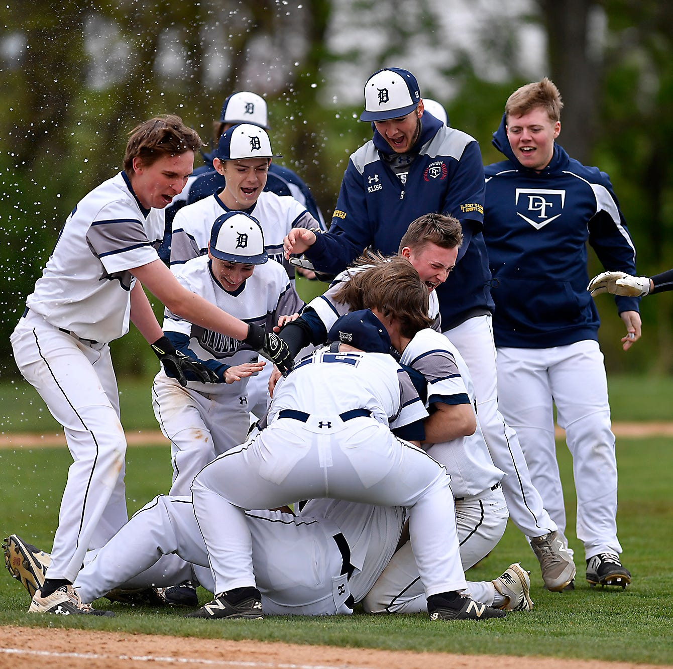 Dallastown vs. West York, Gettysburg vs. Biglerville in Y-A baseball playoff openers