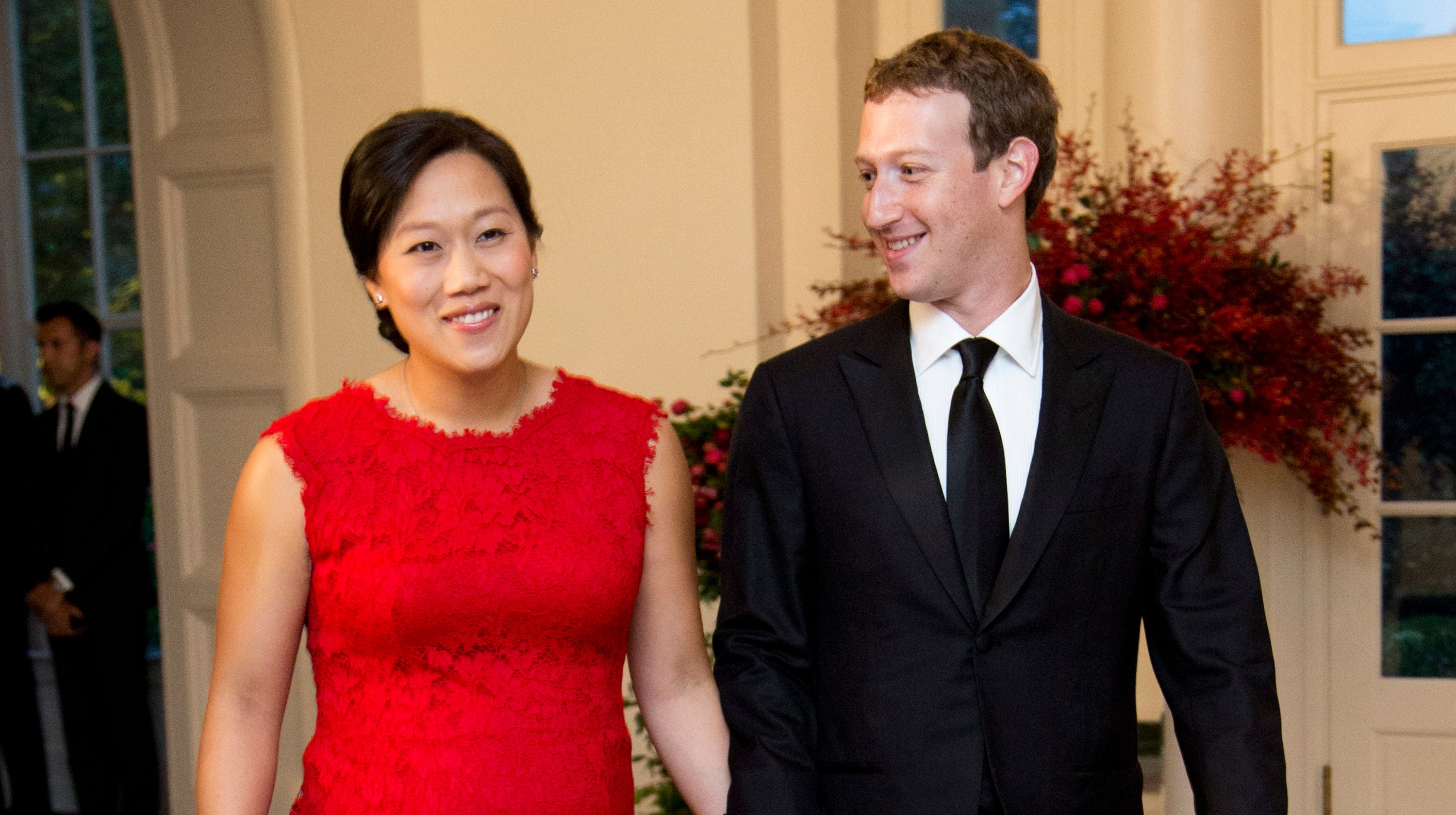Mark Zuckerberg invents 'sleep box' to help his wife rest because 'being a mom is hard'