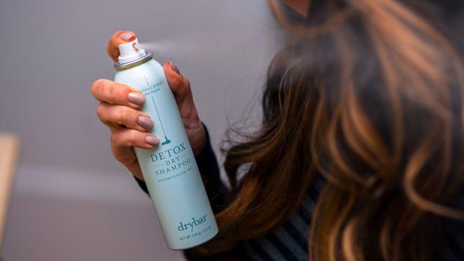 Elastine Restore Detox Dry Shampoo Incredible Invisible By Avon