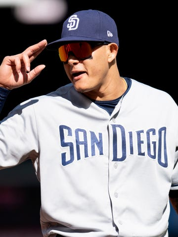 680e0c10b31 Manny Machado has the Padres off to a 16-12 start this season.