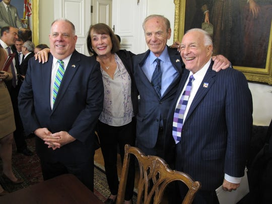 Maryland Gov. Larry Hogan, left, poses with Goody Finkelstein, former Del. Richard Rynd and lobbyist Bruce Bereano after a news conference on Monday, Oct. 23, 2017, in Annapolis after Hogan signed an executive order barring the state from awarding contracts to companies that support boycotts of Israel.