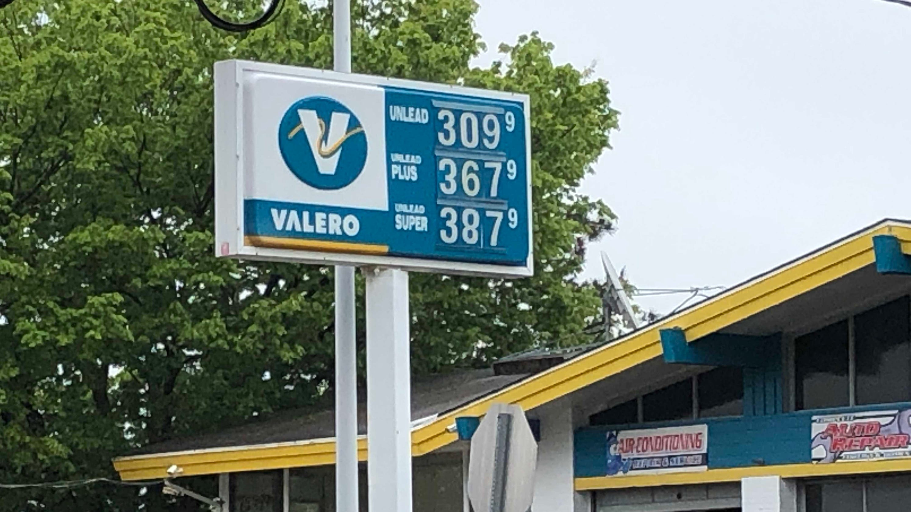 NJ gas prices heading to $3 a gallon, and this is what to