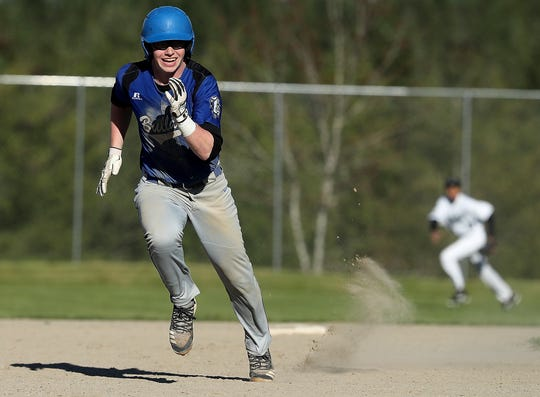 North Mason's baseball team won district playoff games against Lindbergh and White River on Saturday to clinch a Class 2A state tournament berth.