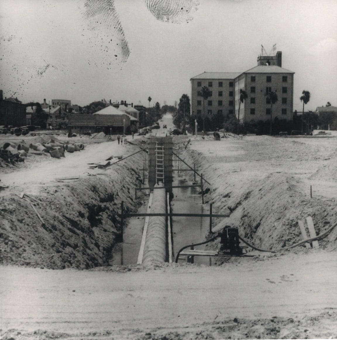 Construction of the seawall in Corpus Christi took place from 1939 to 1941. The Princess Louise Hotel is in the background on the right. The building still stands at Water and Mann, and is called The Princess Apartments.