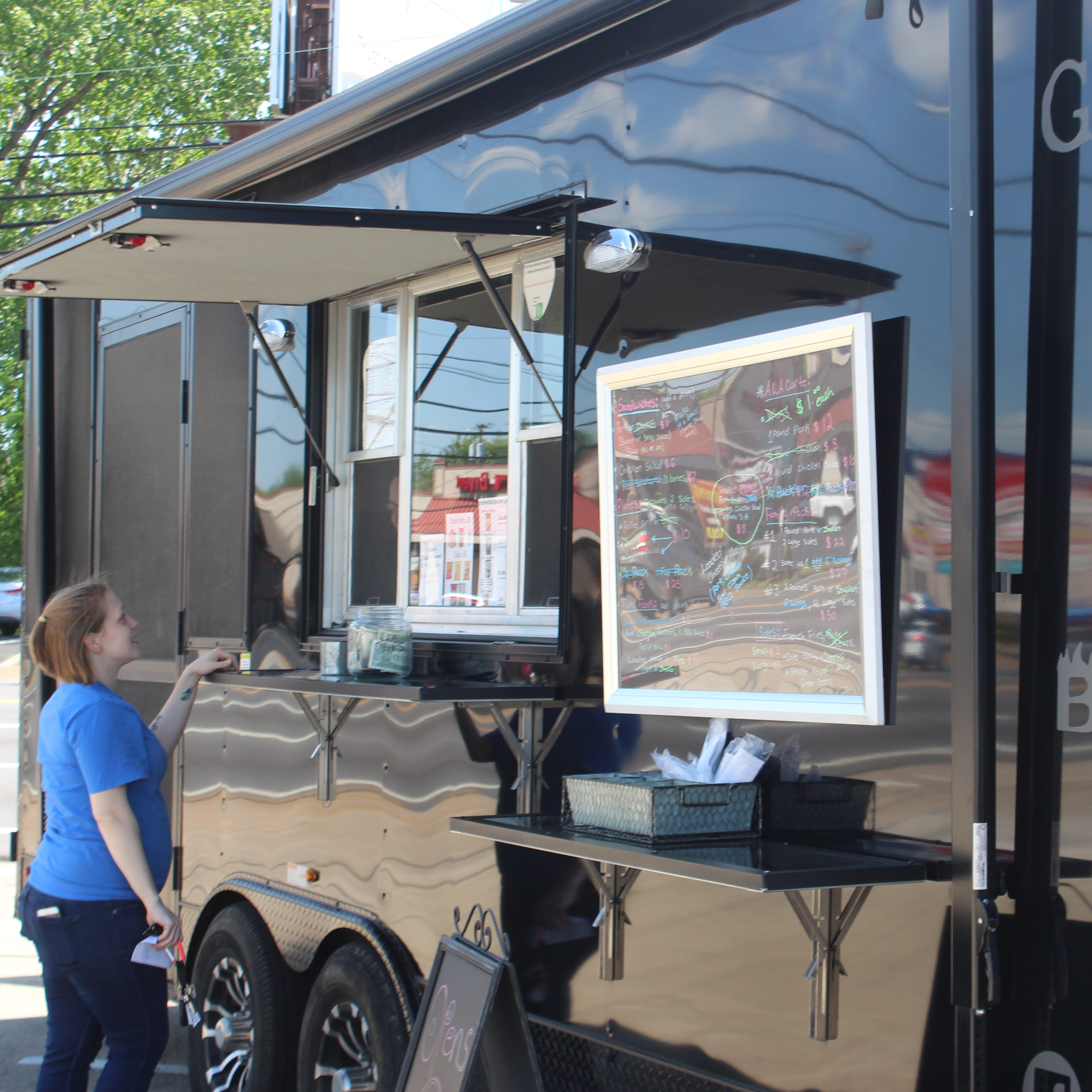 Food trucks in Clarksville could face heftier city fees