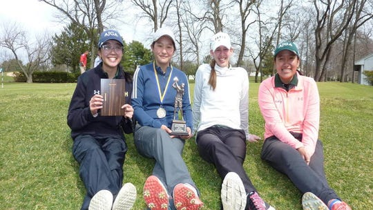 Wardlaw-Hartridge golfers (from L to R) Jenelle Valera, Sydney Kuo, Mia Sutton and Grace Lu.