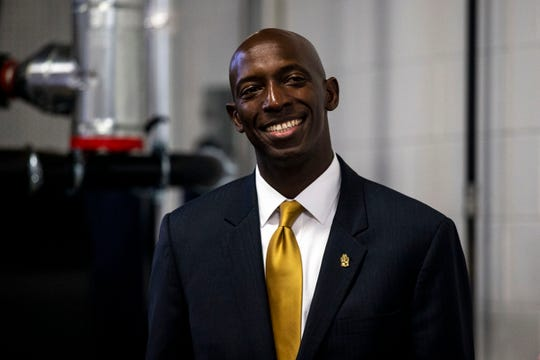 Wayne Messam, mayor of Miramar, Fla. and declared caucus candidate, holds a town hall on Monday, April 29, 2019, at Fox Brewing in West Des Moines. This is his first trip to Iowa after announcing his run for president.