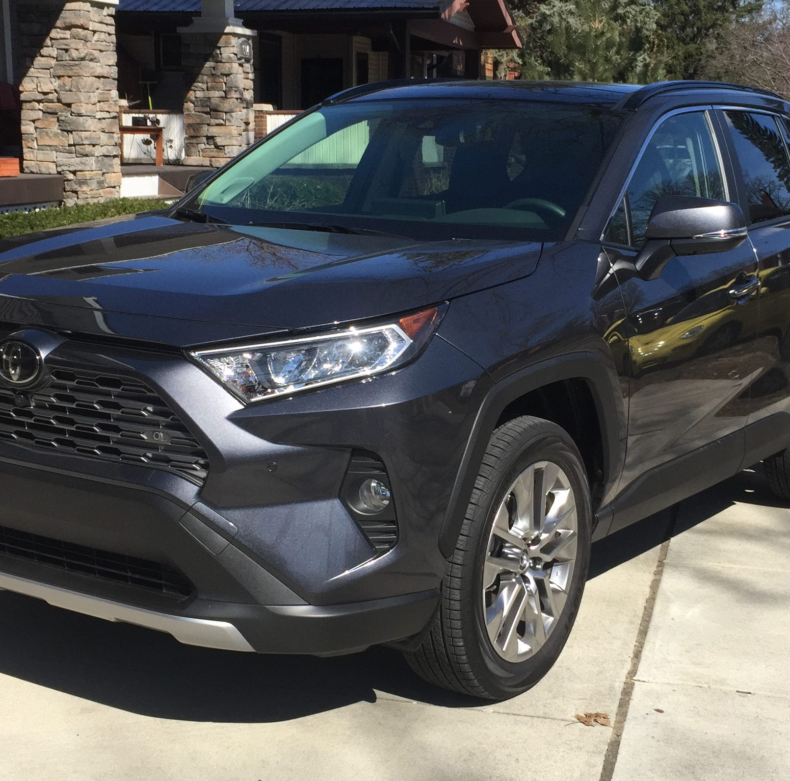2019 Toyota RAV4 SUV adds rugged looks to sedan-like ride